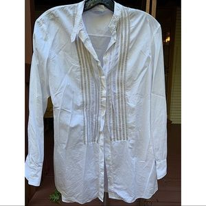 AKRIS PUNTO button down pleated white/gold blouse